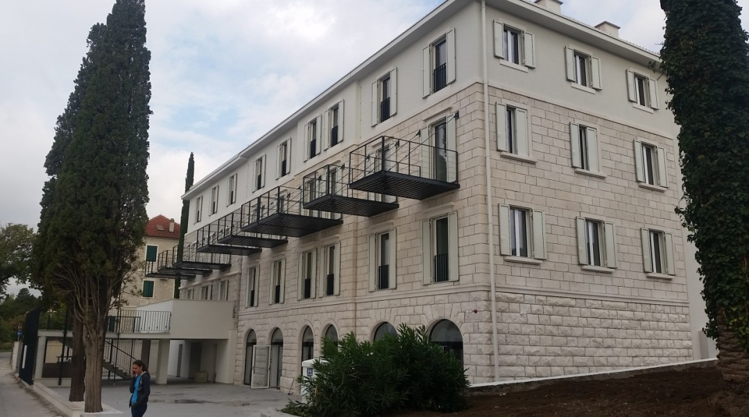 Hotel Kaštel Lukšić